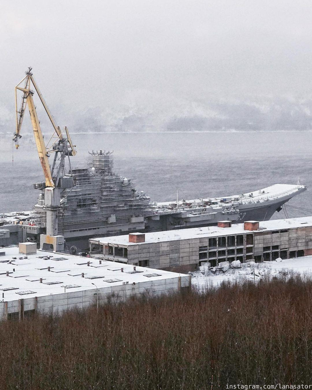 Aircraft Carrier Admiral Kuznetsov: News #2 - Page 31 08-9369985-instapic-48937
