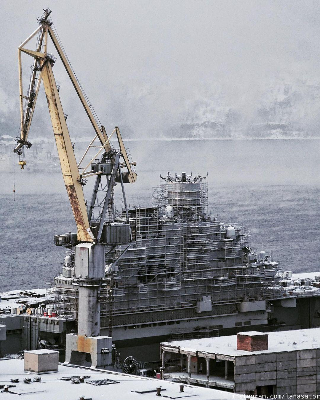 Aircraft Carrier Admiral Kuznetsov: News #2 - Page 31 08-9369989-instapic-48938