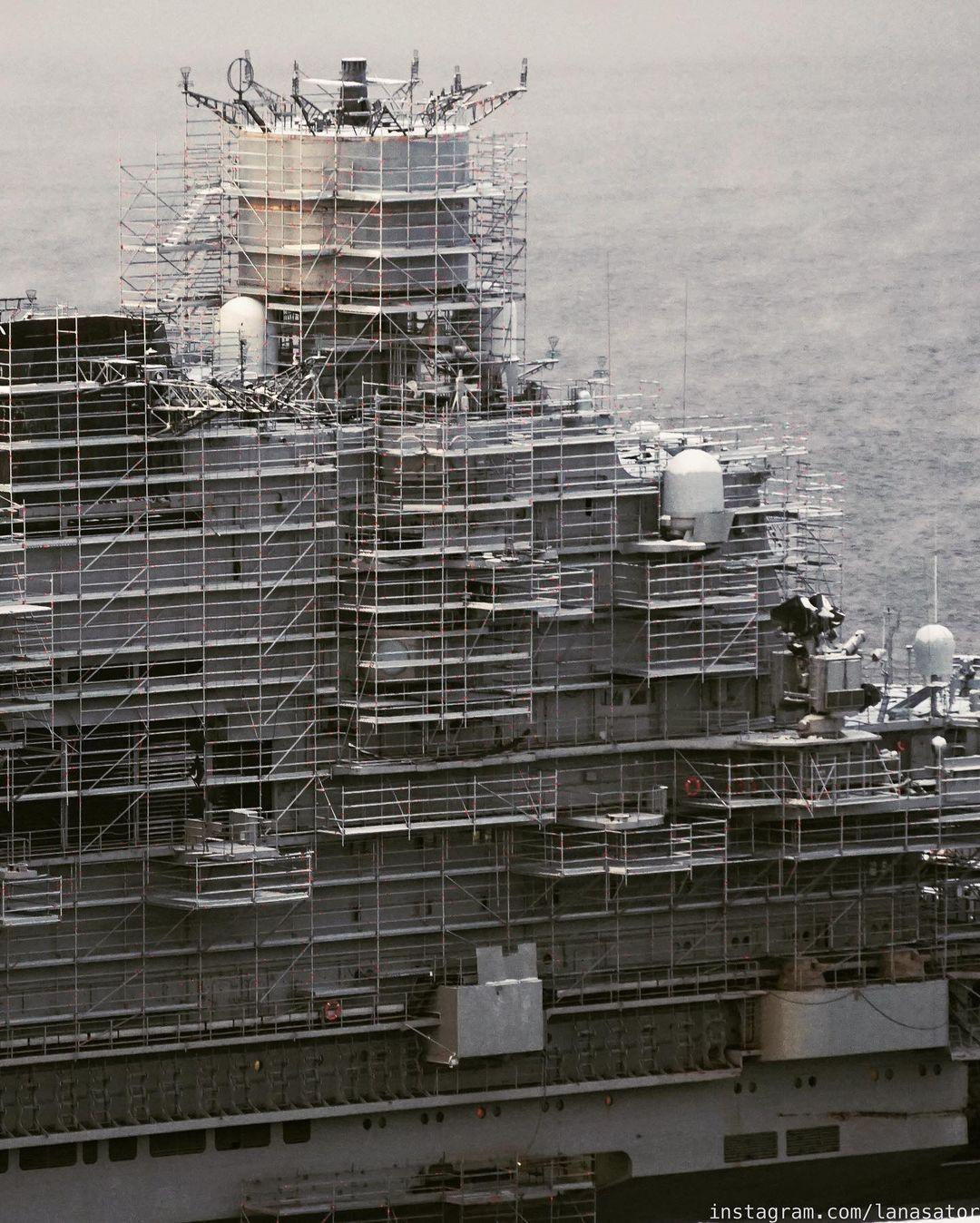 Aircraft Carrier Admiral Kuznetsov: News #2 - Page 31 08-9369989-instapic-48939