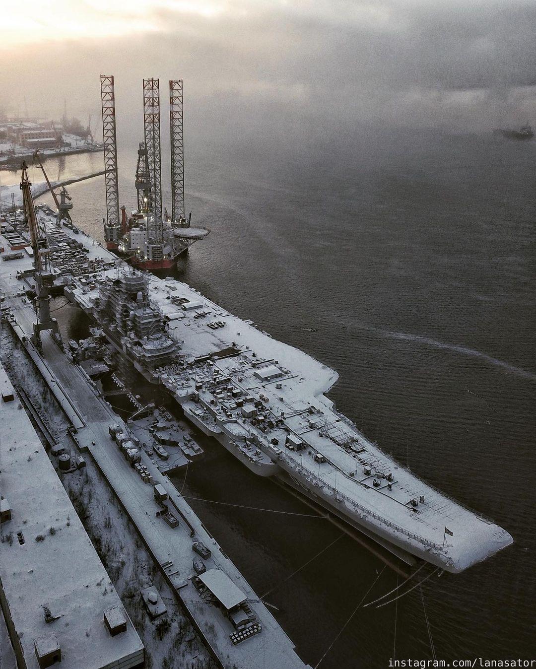 Aircraft Carrier Admiral Kuznetsov: News #2 - Page 31 08-9370001-instapic-48940