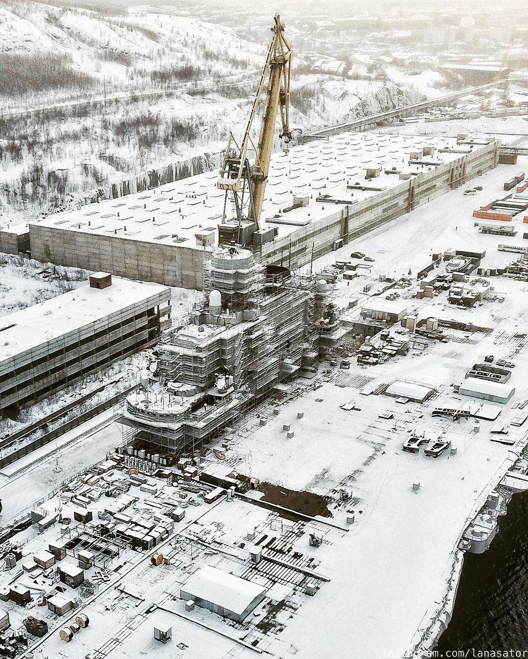 Aircraft Carrier Admiral Kuznetsov: News #2 - Page 31 08-9370001-instapic-48941